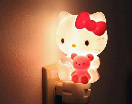 Hello Kitty lamp (⌒▽⌒)