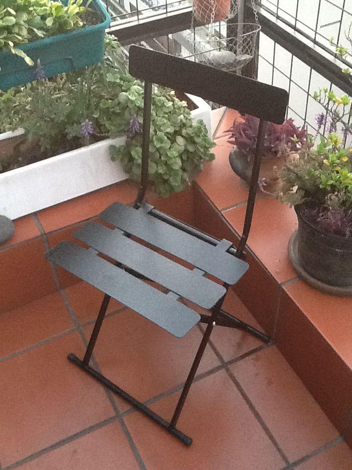 Silla de metal plegable sillas pinterest metals for Amenagement jardin wepion