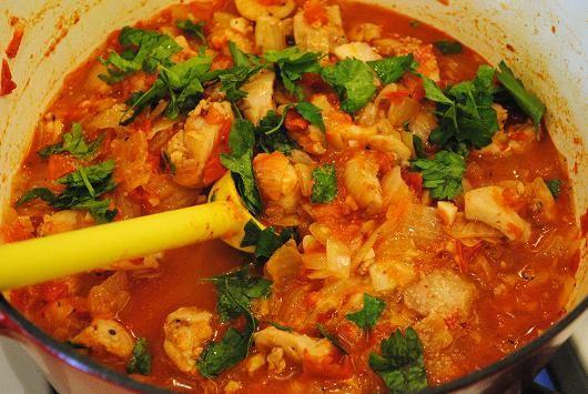 Sadza ne Nyama ye Huku    (Zimbabwean Porridge with Chicken Stew) – Serves 4 (Adapted from Zambuko.com)    http://www.livethemagicofafrica.com/ethnic-explorations-discovering-zimbabwean-cuisine