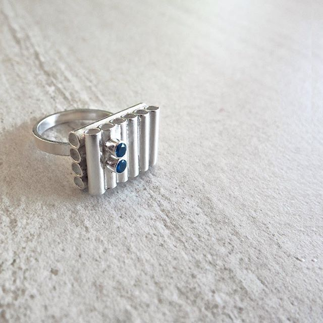 Not square minded Ring // Sterling Silver