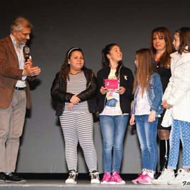 """I ragazzi dell'istituto comprensivo del Parco Verde premiati al """"Non Tacerò Social Fest """" per il loro componimento poetico con il direttore artistico Antonio Trillicoso -------------------------------------------------------------'------------Segui @nt_socialfest_2015 usa l' hashtag #nontacerosocialfest per creare una galleria di voci contro la #camorra ・・・notizie del Non Tacerò social Fest nel link del bio ◇admin ↑↑ #legalità #camorra #nontacerò #noallacamorra #napoli #campania #cultura…"""