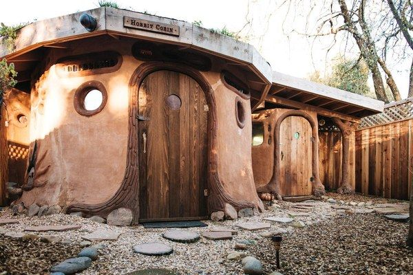 A Weekend in the Shire: Petaluma's Hobbit Cobin Is a Page out of Tolkien