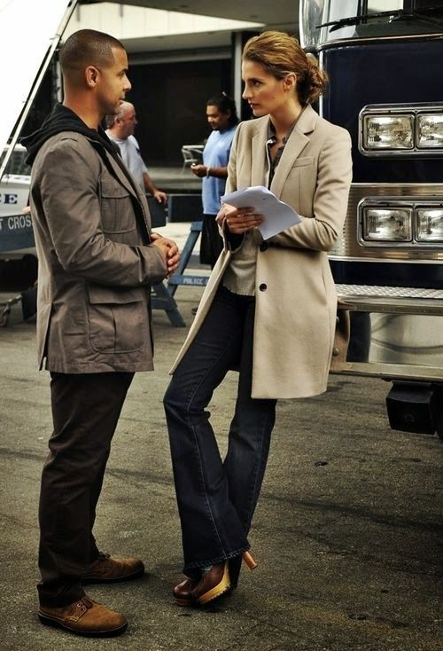 Стиль Кейт Беккет из сериала Касл. Образ современной деловой женщины