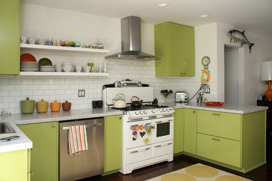 kitchen to go cabinets best 25 apple green kitchen ideas on green 6312
