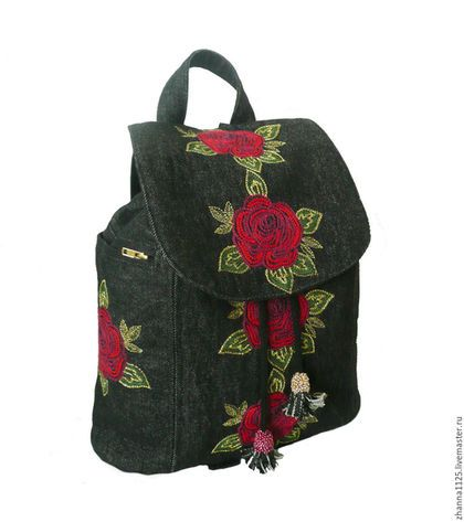 Купить или заказать Джинсовый рюкзак 'Алые розы' с вышивкой в интернет-магазине на Ярмарке Мастеров. Модный джинсовый рюкзак черного цвета с вышивкой в бохо стиле. Рюкзак украшен машинной цветочной вышивкой в красных, зеленых и нежно-золотых тонах. При всей своей компактности, рюкзак очень вместительный (это подтверждают мои клиенты), в него входит планшет 24х18 см, бутылка воды 0,5 л, кошелек, ключи, документы, косметичка и многое другоре, что необходимо современной женщине.