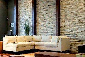 Paredes interiores decoradas con piedra