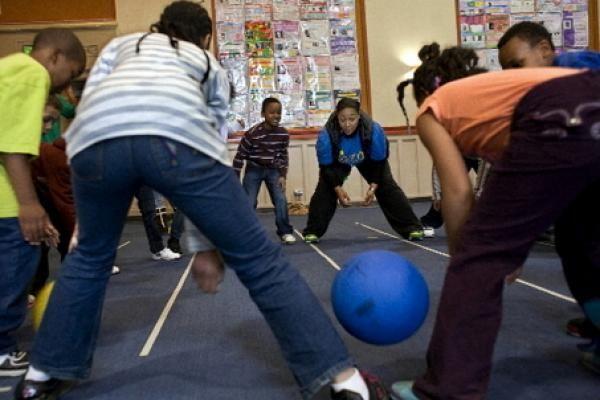 Bridge Ball | Good group gym game