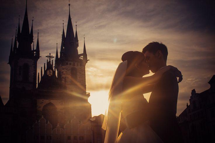 Pre Wedding Best of in Prague: a sunrise at Tyn Church: http://pragueweddingphotography.com