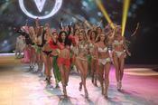 """Victoria�s Secret change son """"corps parfait"""" apr�s la r�volte les internautes"""