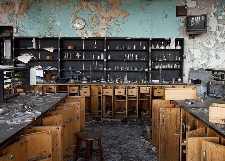 43 best images about abandoned school houses on pinterest the old minnesota and montana - The house in the abandoned school ...