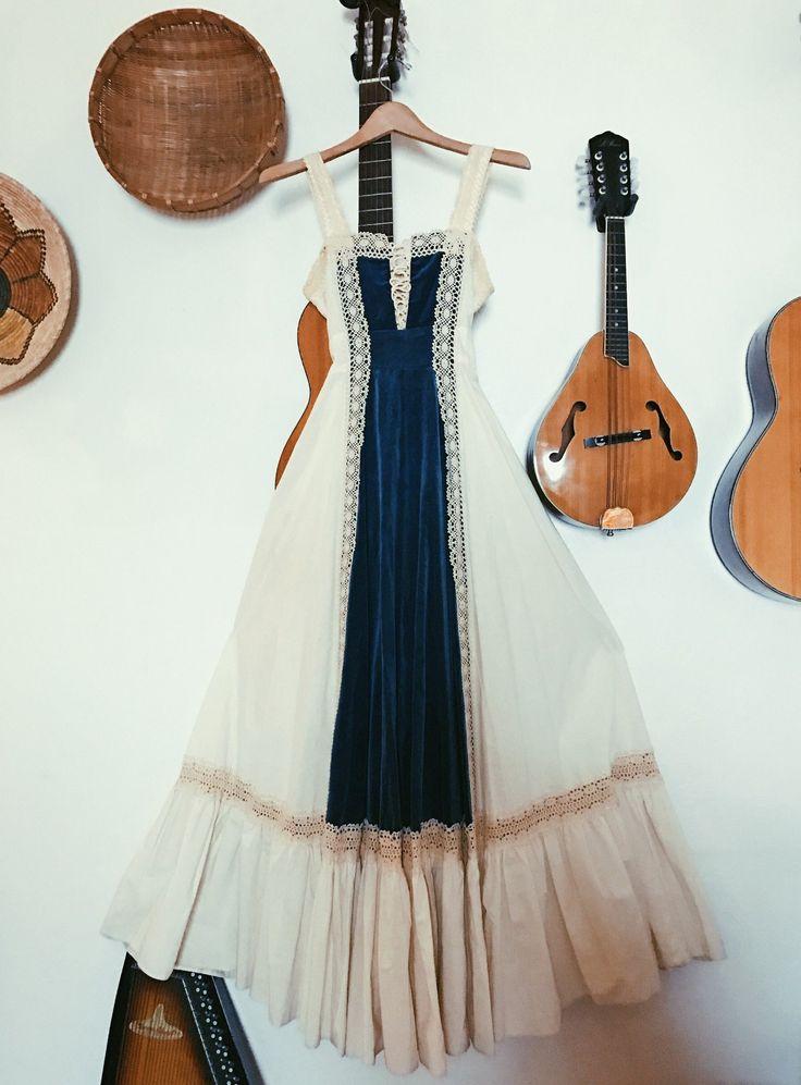 Vintage 1970's Blue Velvet Gunne Sax Dress