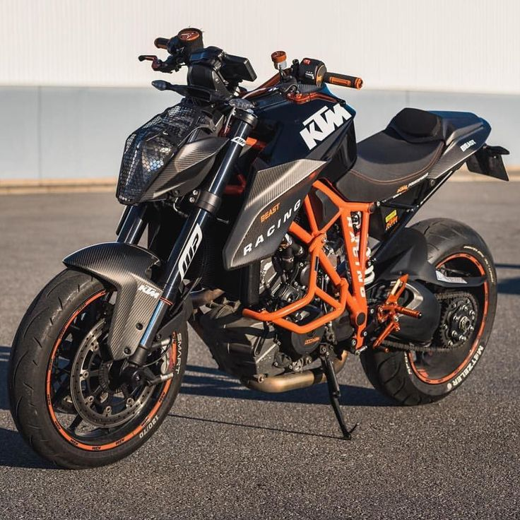What's Your Dream Bike ? This Is Mine ! KTM Superduke 1290 R !  Credit goes to…