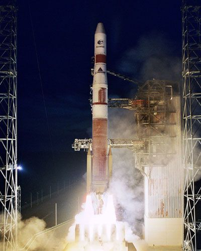 Delta III and Delta IV used RL10B-2 Upper Stage Rocket Engine. http://www.aerospaceguide.net/rocketengines/RL10B-2.html #space #rocket #launch #vehicle