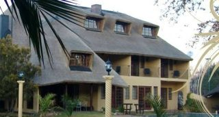This luxurious guest house is ideally located in the centre of Bloemfontein, and presents guests with beautifully decorated rooms for family, business, or romantic travellers. Each room is en-suite and efficiently equipped to ensure your comfort.