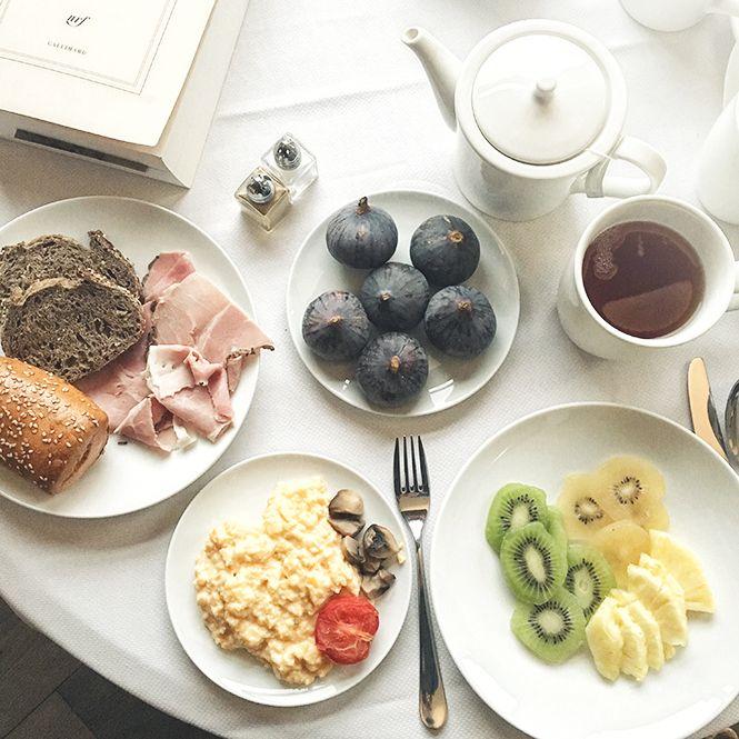 petit déjeuner à l'hotel royal evian, pic by me