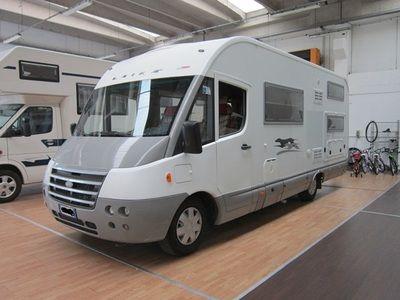 Laika Ecovip H710 - camper motorhome patente B -    AUROcaravan srl - Via L. Galvani 2 - 20875 Burago Molgora (MB) - Tel. 0396880134