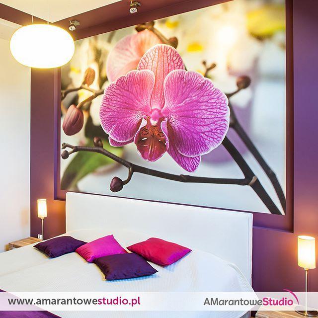 Dom w kolorze lawendy - zobacz więcej na www.amarantowestudio.pl  #sypialnia #weekend #słońce czyli jak majestatycznie urządzić swoją sypialnię Zobacz więcej na…