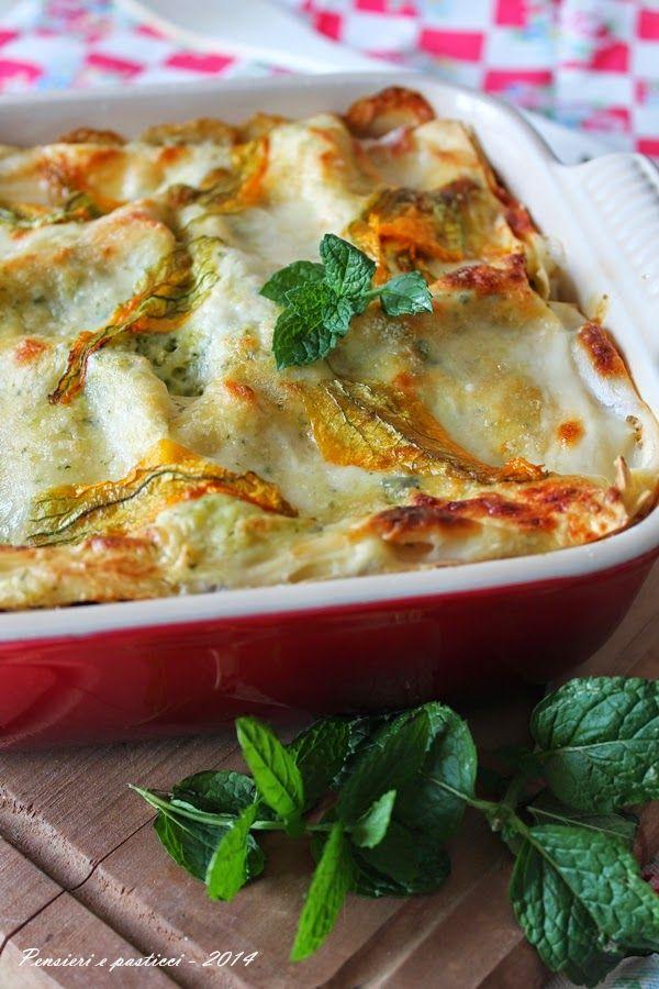 lasagne al pesto di zucchine profumato alla menta, con prosciutto cotto e scamorza