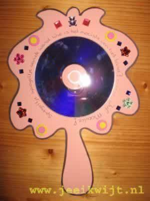 Sneeuwwitje: Spiegel van een CD of DVD