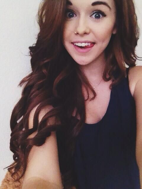 Acacia Brinley Clark #pretty #smile #tongue #longhair #extensions