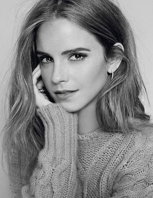 Emma Watson Having never watched a Harry Potter movie I never got the Emma Watson thing but after watching The Perks of Being a Wallflower, I'm now on board.