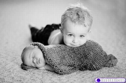 baby with big brother