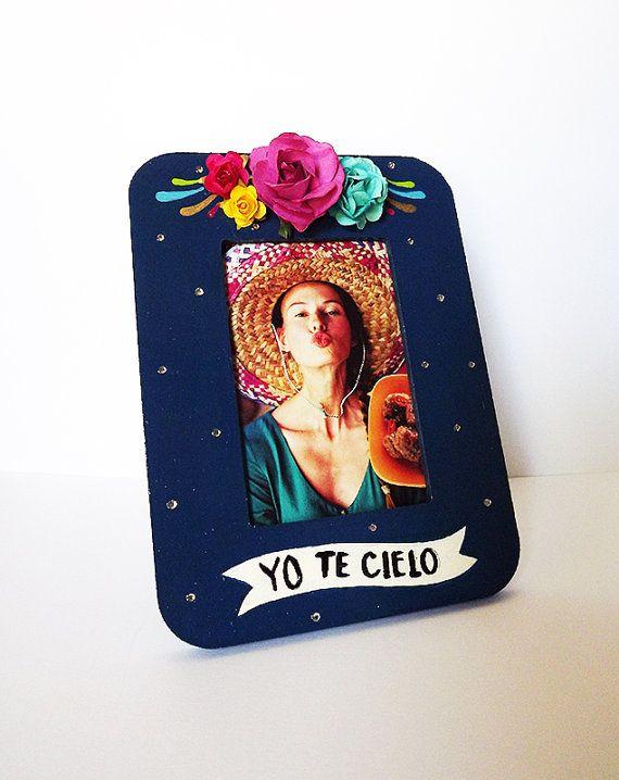 Marco de imagen. Estilo mexicano, Frida Kahlo insiration