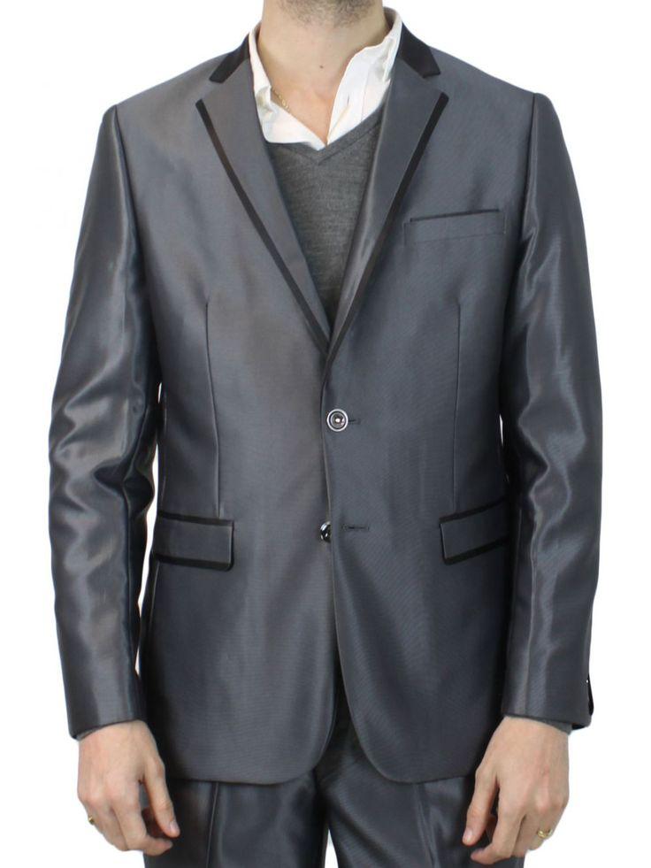 Costume homme gris anthracite Vita, costumes hommes pas cher, en uniquement sur kebello.com. Livraison sous 48 h. Satisfait ou remboursé.