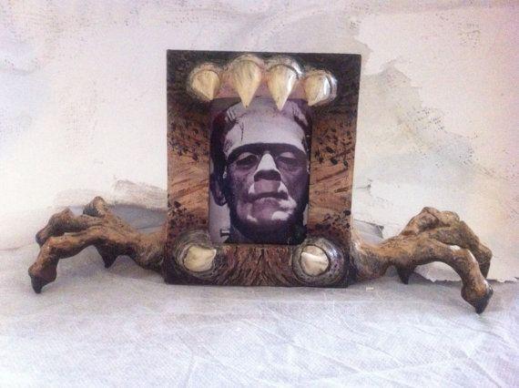 Desert Death  -Grimmick Collection Frame  Inspired MonsterWorks
