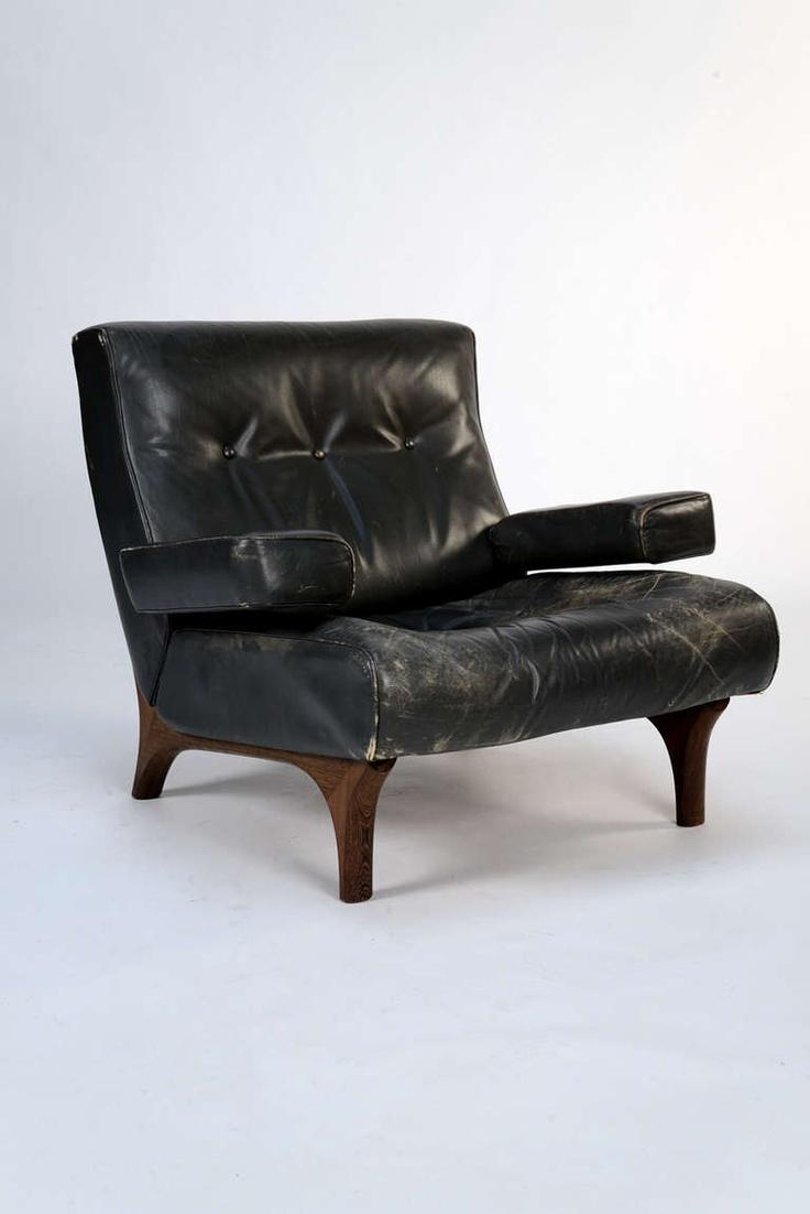 Eugenio Gerli; #P73 Armchair for Tecno, 1966.