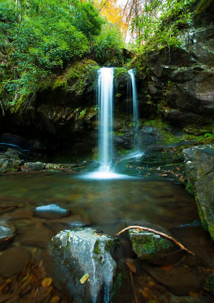 9 trails with falls in the Smokies/ Grotto Falls on Smoky Mountain trail with waterfall