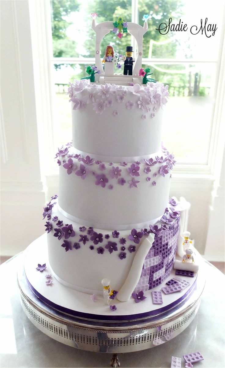 wedding cakes purple and white best 25 lego wedding cakes ideas on lego 25323