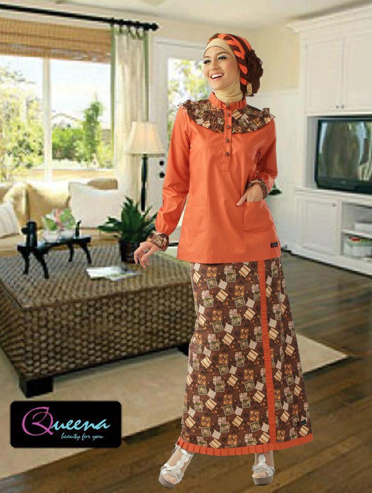 kreasi jilbab turban setelan baju batik orange