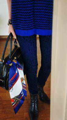 http://ameblo.jp/komatsu1108/entry-11972586244.html スカーフ巻き方 スカーフコーデ scarf arrangement エルメス カレ HERMES carres アラフォーファッション