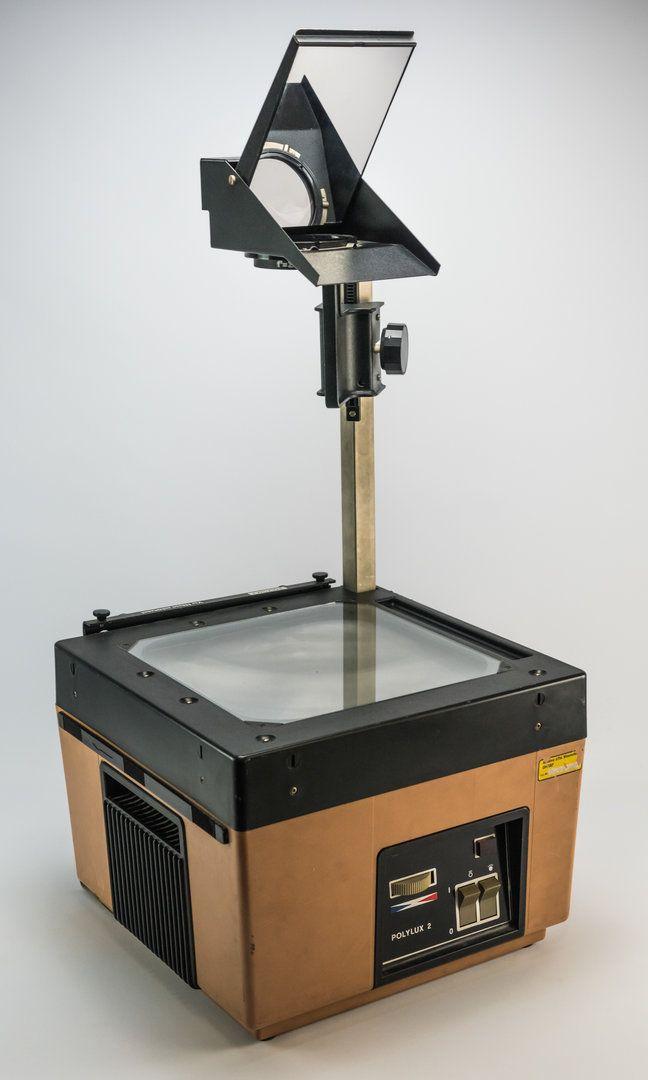 """DDR Museum - Museum: Objektdatenbank - """"Polylux 2"""" Copyright: DDR Museum, Berlin. Eine kommerzielle Nutzung des Bildes ist nicht erlaubt, but feel free to repin it!"""