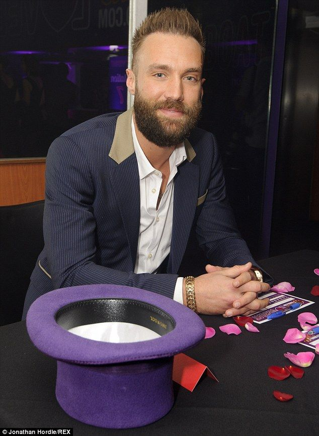 1000 images about calum best on pinterest stylists training and marshalls. Black Bedroom Furniture Sets. Home Design Ideas