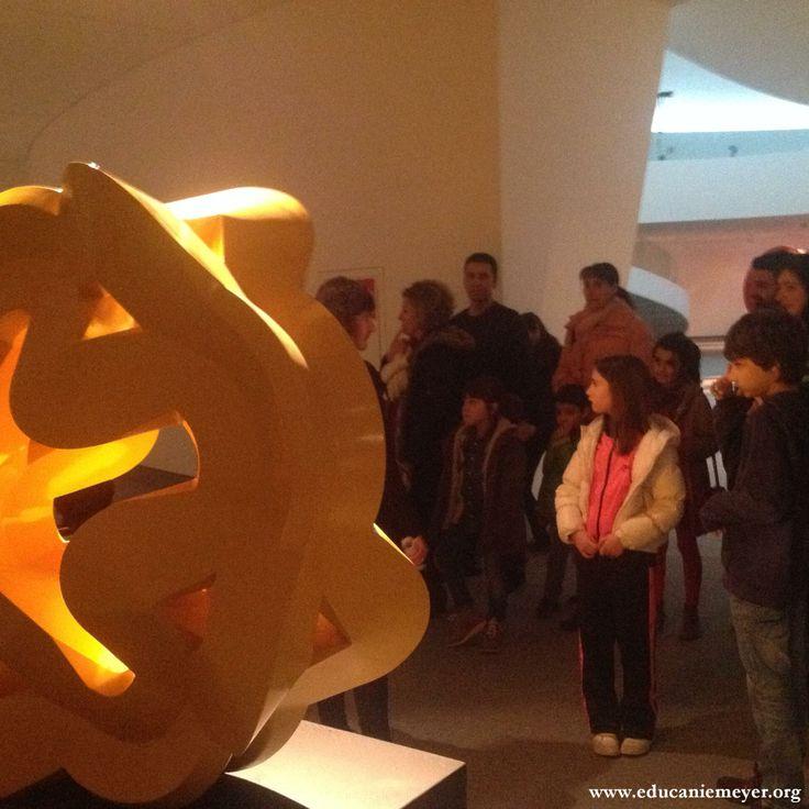 15.02.2014. Visita-taller a la exposición de Sebastián: ¿De qué material estarán hechas?