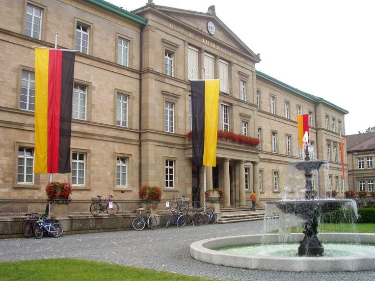 Die Neue Aula der Universität Tübingen ❤  (in der Wilhelmstraße). Foto von Otto Buchegger, Tübingen, 2003