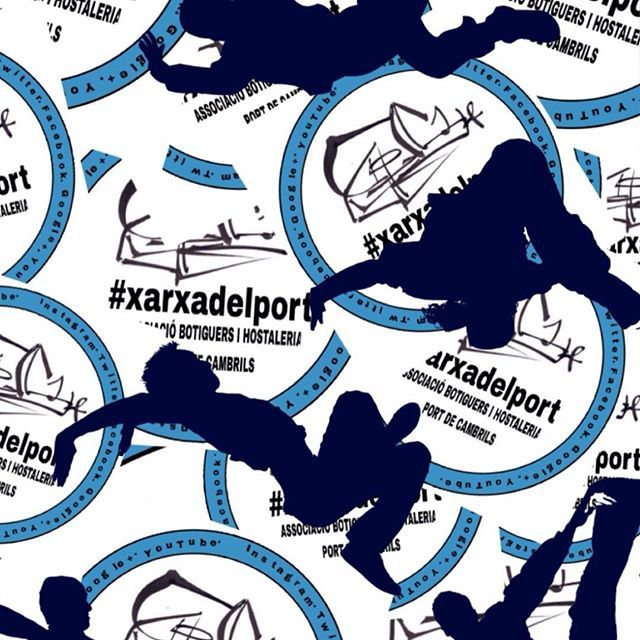 """El #Port batega amb la #xarxadelport al #portdecambrils #Botiguers i #hostaleria units seguim encaixant les peces d'una realitat molt gran... """"El futur del #comerç del port de #Cambrils """" (Ple d'iniciatives i nous reptes #comercials que molt aviat seran visibles) T'HI ESPEREM✔️"""