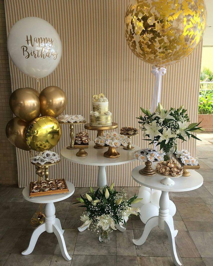 b102fd5a20ff0 Decoração Mini Espaço Festa de 30 anos - Brando e Dourado | FIESTA ...