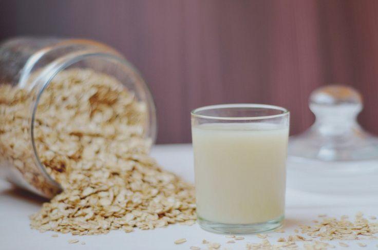 ОВСЯНЫЙ КИСЕЛЬ ПОЛЬЗА http://pyhtaru.blogspot.com/2017/09/blog-post_929.html  Овсяный кисель - целительный продукт для вашего здоровья!  Овсяный кисель полезен для желудка, печени и почек. Он растворяет камни в желчном и мочевом пузыре, снижает холестерин в крови. Овёс восстанавливает силы, даёт энергию, помогает избавиться от депрессии.  Читайте еще: ================================== СВОЙСТВА КАРТОФЕЛЬНОГО СОКА http://pyhtaru.blogspot.ru/2017/09/blog-post_950.html…