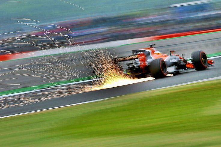 "54k Likes, 484 Comments - Fernando Alonso (@fernandoalo_oficial) on Instagram: ""Qualy 🙏😎 #silverstone #Mclaren #honda #f1 #14"""