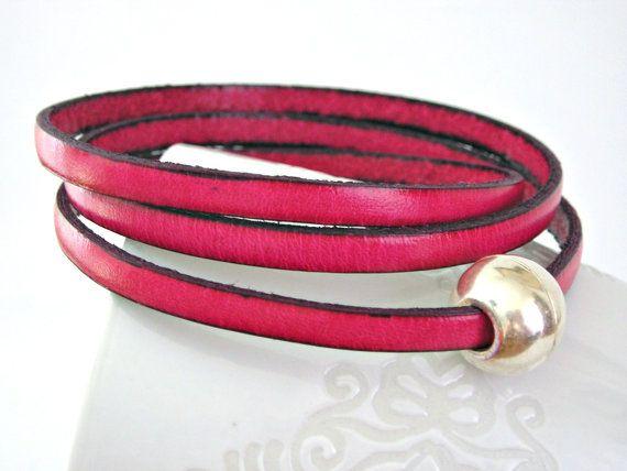 Pink flambé!!!  Pantone trend color fashion winter fall 2012Pantone Trends, Pink Triple, Fashion Winter, Boho Trends, Fall 2012, Magnets Clasp, Pink Flambé, Leather Bracelets, Colors Fashion