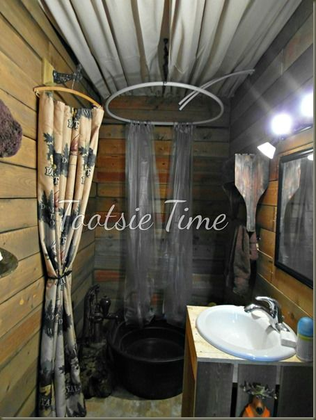 rustic bathroom http://www.tootsietime.com/2013/12/if-walls-of-this-old-house-could-tell.html