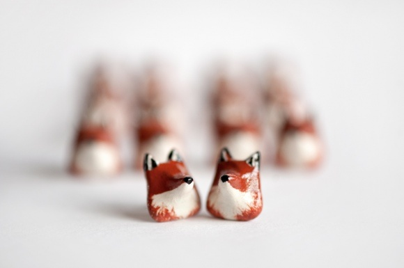 Google Image Result for http://leanimale.files.wordpress.com/2011/11/smfoxarmy.jpg%3Fw%3D580%26h%3D385: Foxes Obsession, Artsy Things, Foxes Studs, Foxy Friends, Art 6 12, Pockets Foxes, 3D Foxes, Bitty Things, Miniatures Things