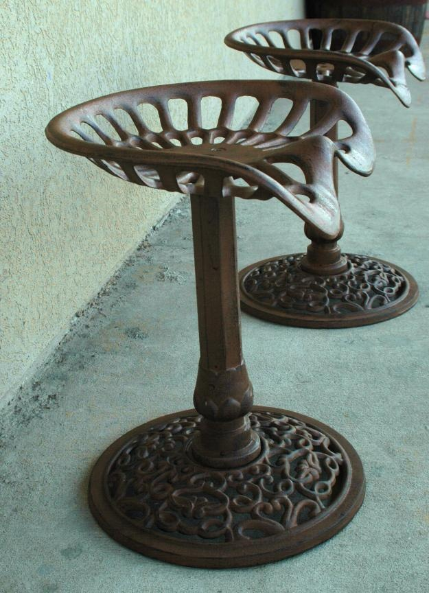Old Time Tractor Seats : Tractor seat chair cast iron i want some like this for my