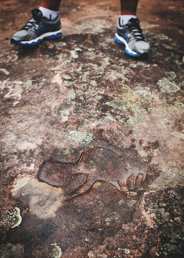 Ngurra Bu Cultural Tours - exploring the Aboriginal history in the Hunter Valley - Rock carving #HunterValley #Unique #Experiences