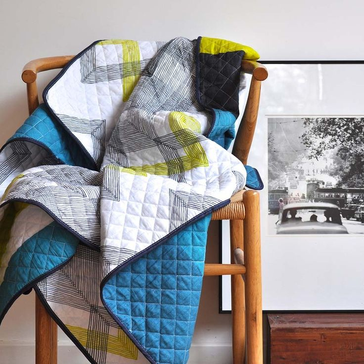 Zig Zag Double Sided Quilt - www.squeakdesign.com