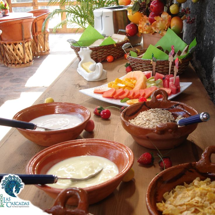 Enjoy a healthy breakfast a great way to begin each day. At Rancho Las Cascadas our local cooks surprise you every day with another great dish...