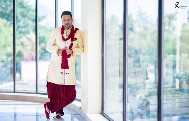 Self confidence! Photo by Right Angle Fotography, Ulhasnagar #weddingnet #wedding #india #indian #indianwedding #prewedding #photoshoot #photoset #groom #wear #groomwear #sherwani #groomsmen #photographer #photography #inspiration #planner #organisation #invitations #details #sweet #cute #gorgeous #fabulous